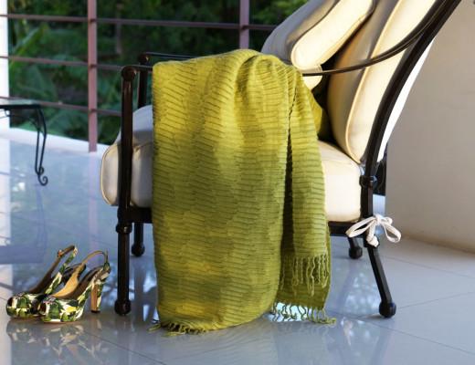 Cozy-Terrace-Garden-Deck-Afternoon-