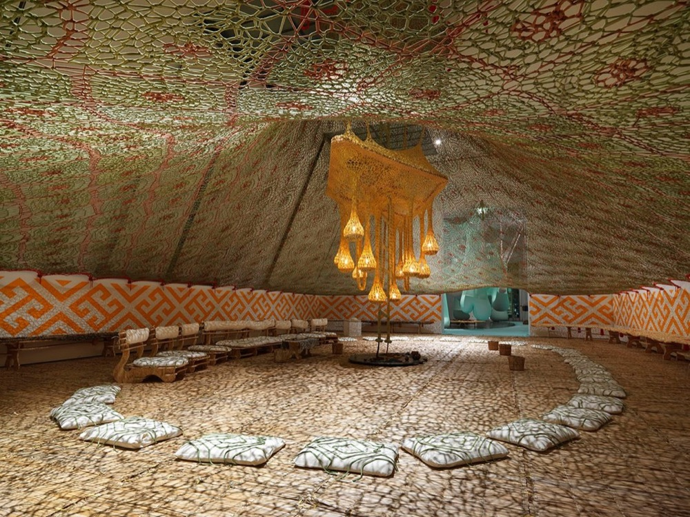 Ernesto Neto artist exhibit with Huni Kuin-4
