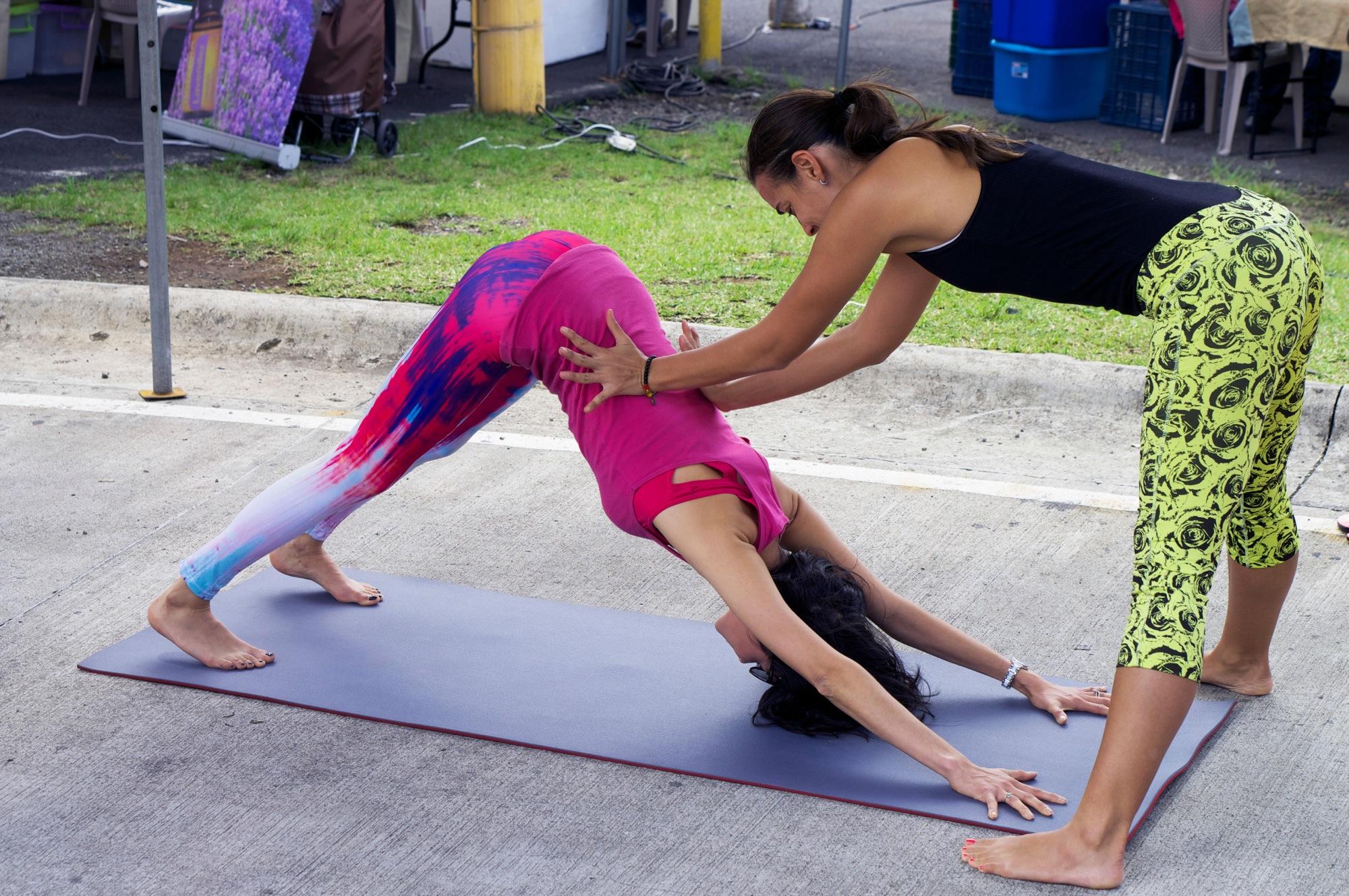 Clase-de-hata-yoga-para-principiantes-en-Costa-Rica-1