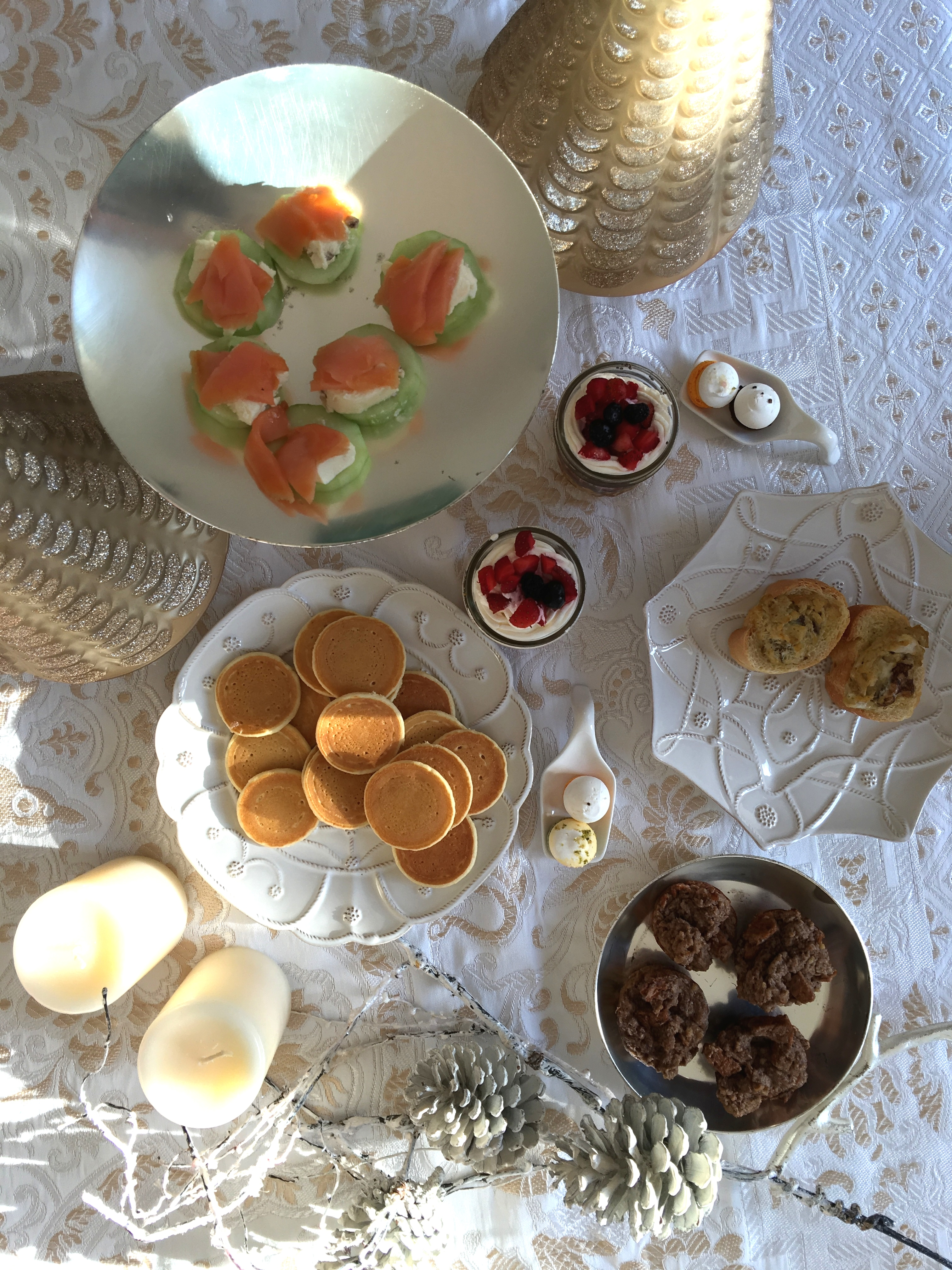 How to survive christmas - momosa christmas brunch -5